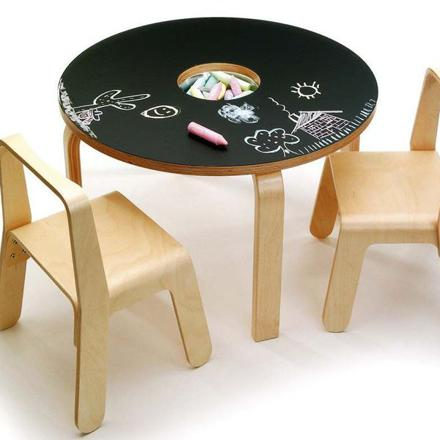 table bebe 2 ans