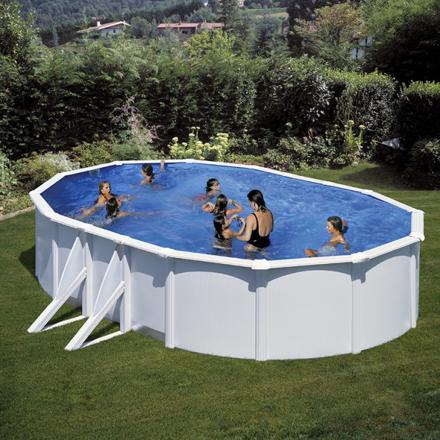 piscine ovale